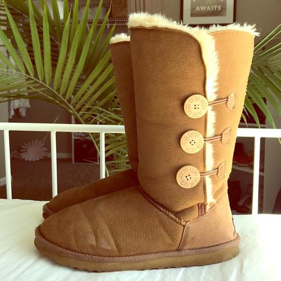 90c92c810d0 UGG Bailey Button Triplet II Boot